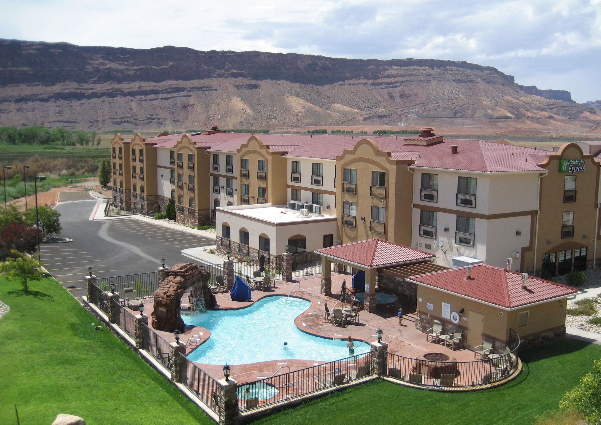 The Most Luxurious Nature Getaways In The US Moab hotels