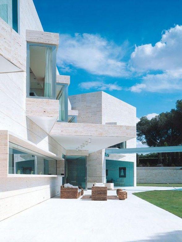 Luxury House Design by Spanish Architect - Garden