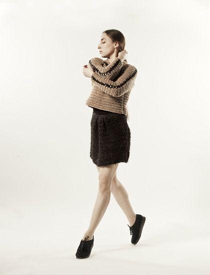 Looks crocheted. Sleeve detail. Le Moine Tricote à Paris. Photo Ramon Palacios-Pelletier.