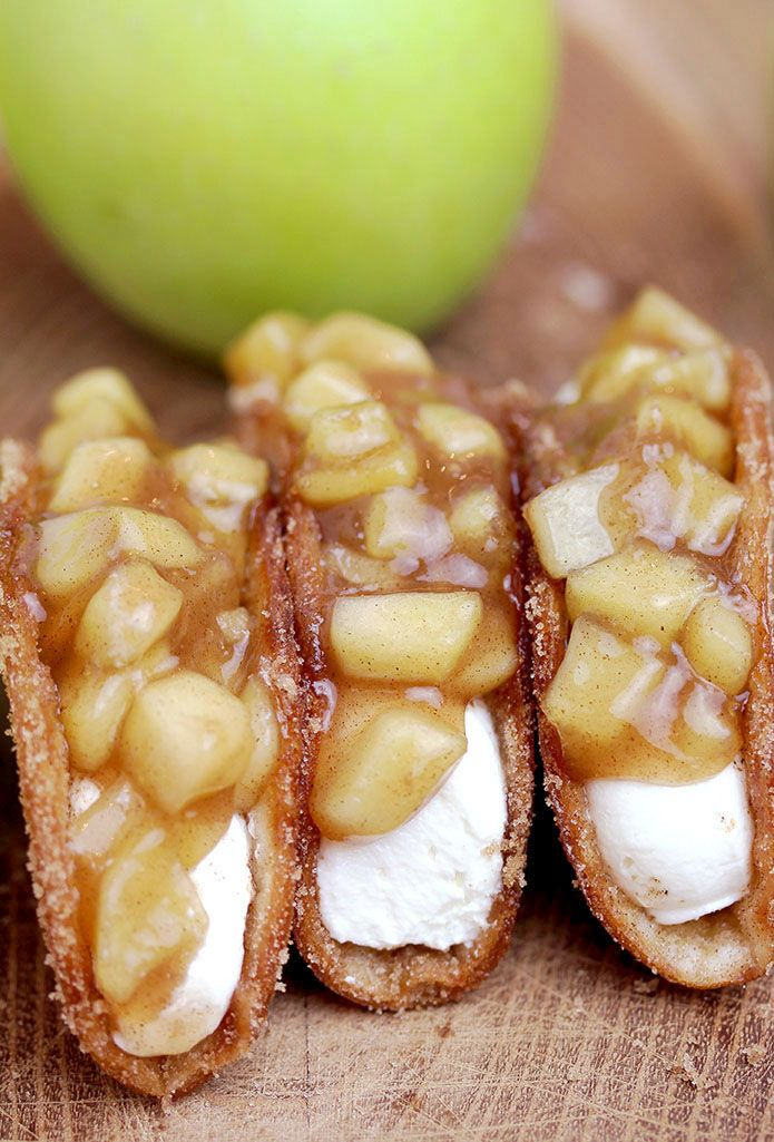 Apple Cheesecake Tacos