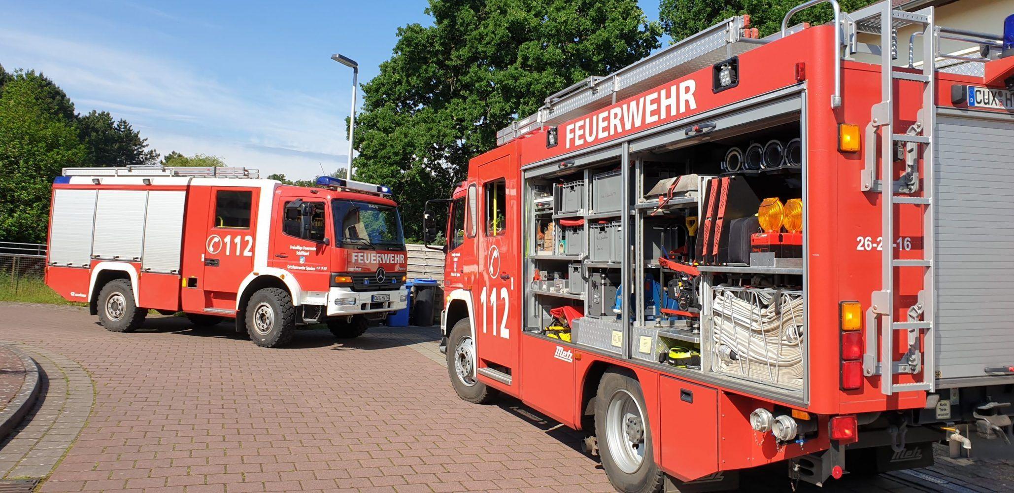 Kind In Pkw Eingeschlossen Feuerwehr Schlagt Scheibe Ein Feuerwehr Hilfswerk Lungenfibrose