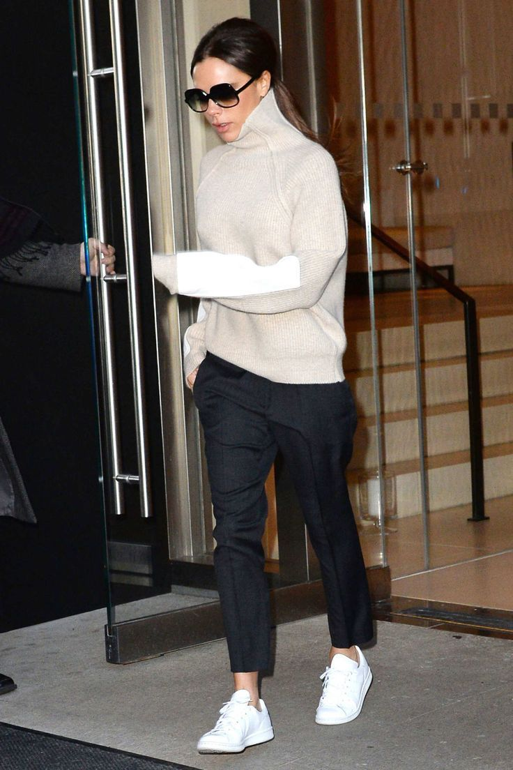 10 Times Victoria Beckham Hid in a Turtleneck