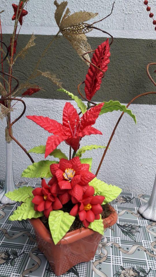 Arranjo em flores de EVA