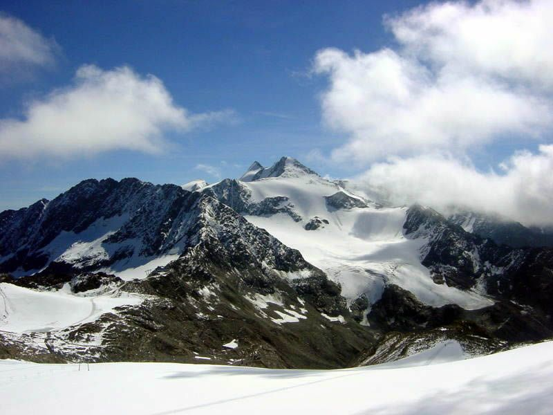 Zückerhütl od Stubaiského ledovce, Foto: Fadef, Licence:  Creative Commons Attribution ShareAlike 2.5
