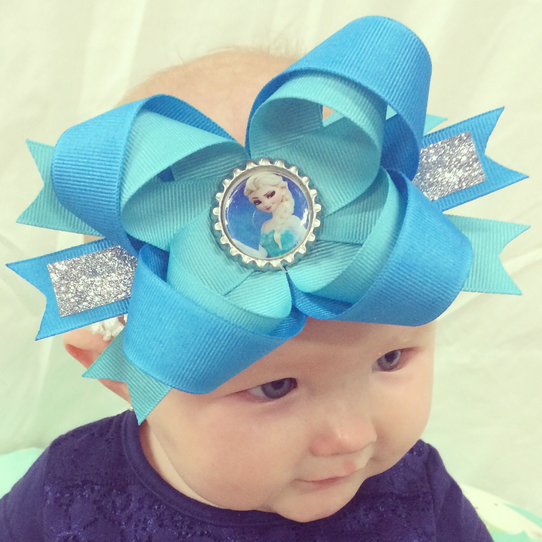 Frozen Themed Headbands. Your children will love these bows.