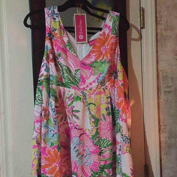 lilly for target tank top. it is a 1x never worn, however; I did take the tags off. I just did not like if on. Lilly Pulitzer for Target Tops Tank Tops