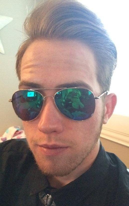 22dd89509 Amazon.com: Duduma Premium Full Mirrored Aviator Sunglasses w/ Flash Mirror  Lens Uv400 (Black frame/smoke lens): Clothing