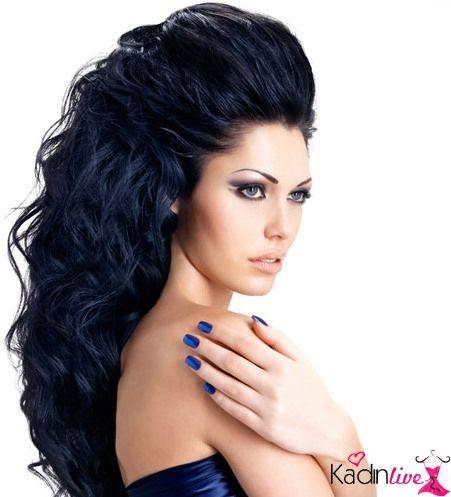 Mavi Siyah Sac Rengi Hangi Tene Ve Kime Yakisir Sac Stilleri Siyah Sac Uzun Sac