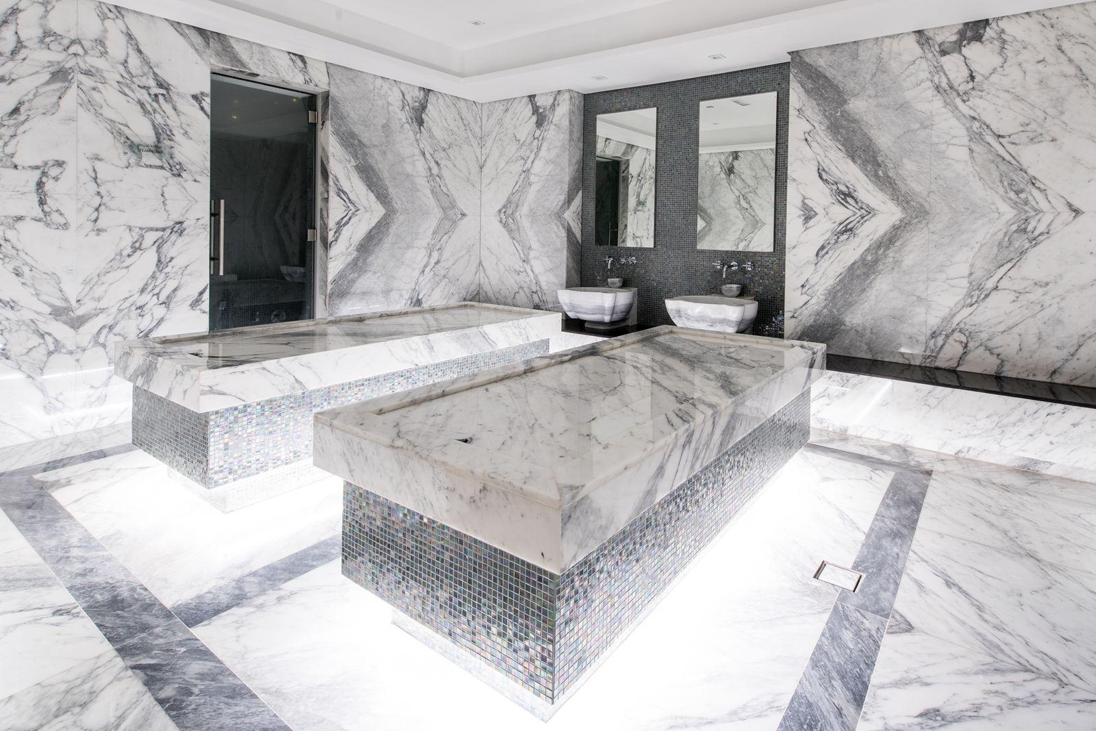 Hamam With Scrub Room And Experience Shower Incl 2 Scrub Tables And 2 Kurnas Jpg Modern Banyo Tasarimi Luks Banyolar Tv Duvari