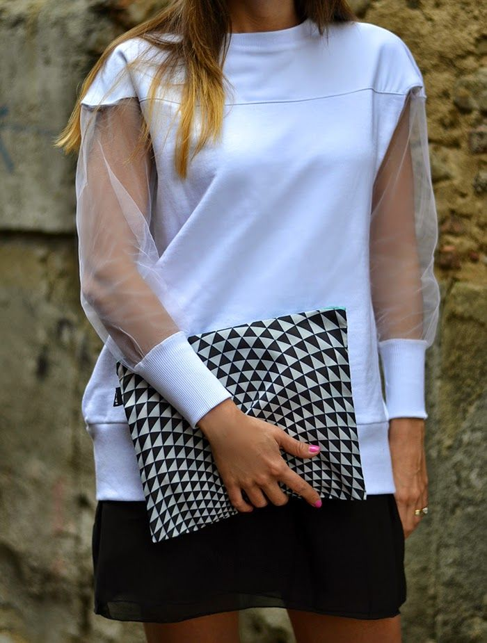 Psychedelic designs for a POP black and white!  LOQI and Q61 on Nameless Fashion Blog