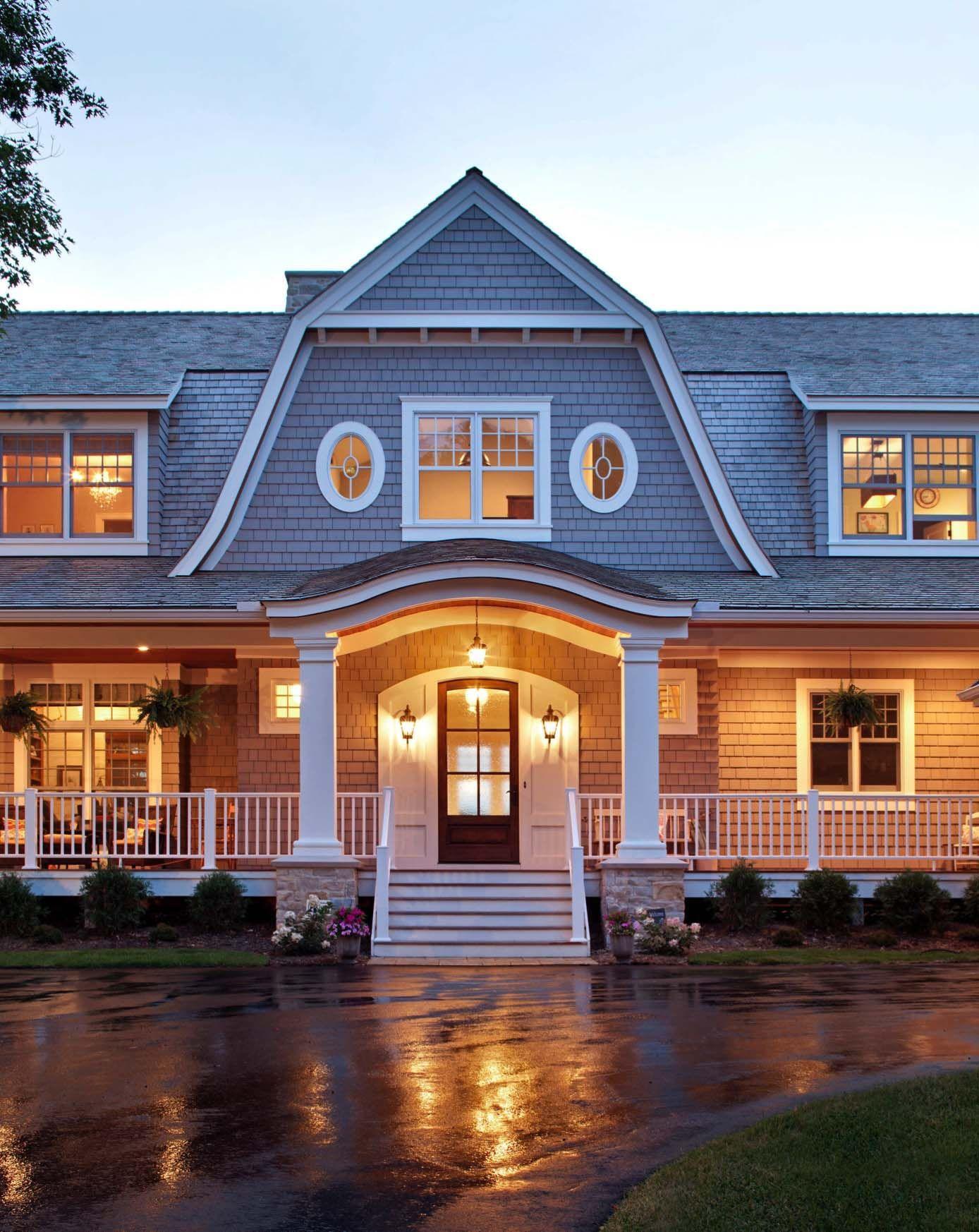Tour A Dreamy Nantucket Style Home With A Farmhouse Twist In Minnesota Nantucket Style Homes House Designs Exterior Modern Farmhouse Exterior