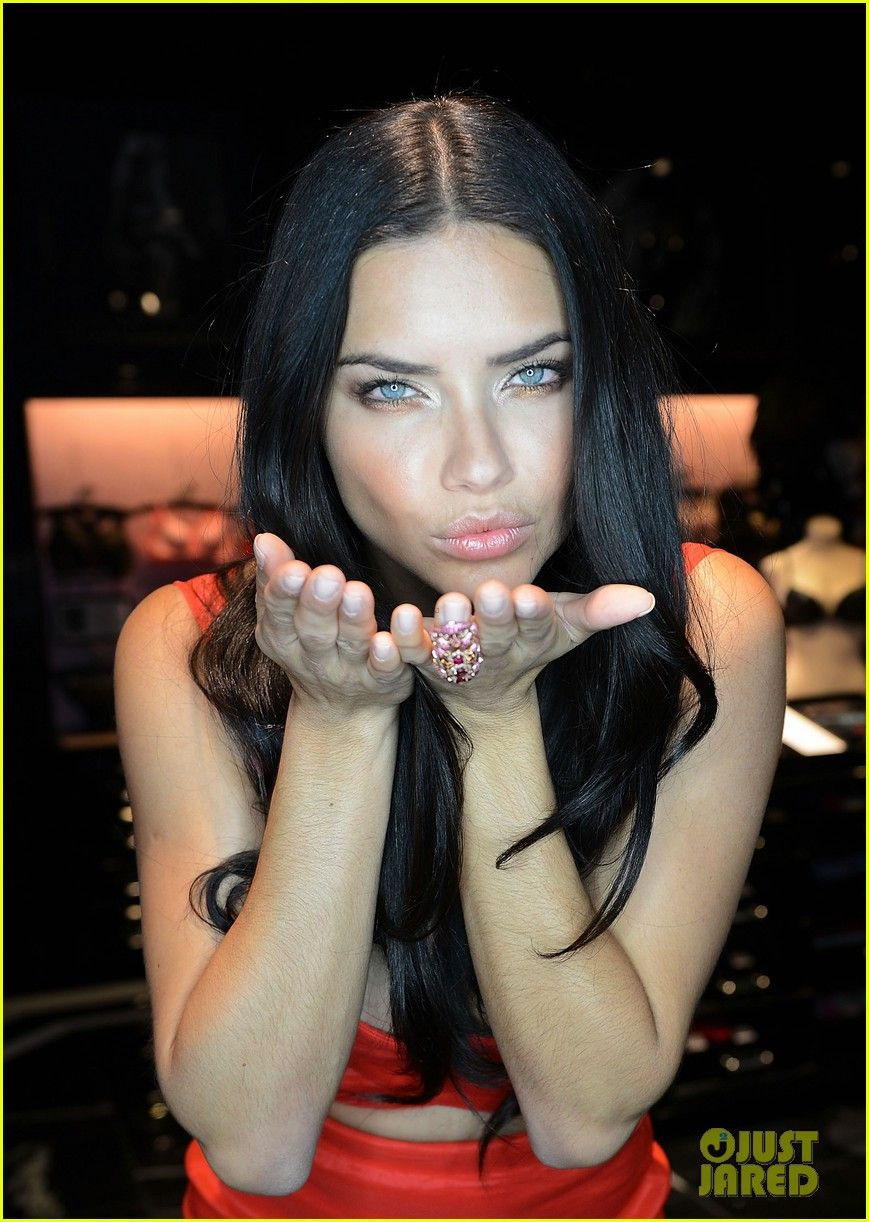 Cleavage Adriana Lima See nudes (75 foto and video), Ass, Leaked, Twitter, underwear 2017