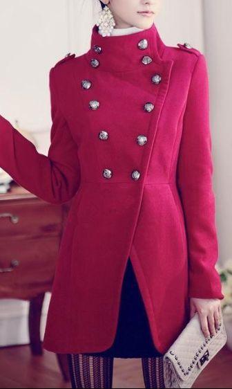 Retro Style Coat.   Fashion, Fashion outfits