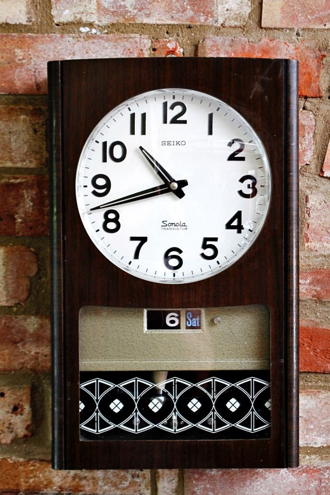 Vintage Japanese Seiko Quartz Wall Clock With Calendar Chimes Seiko Clock Vintage Clock Wall Clock