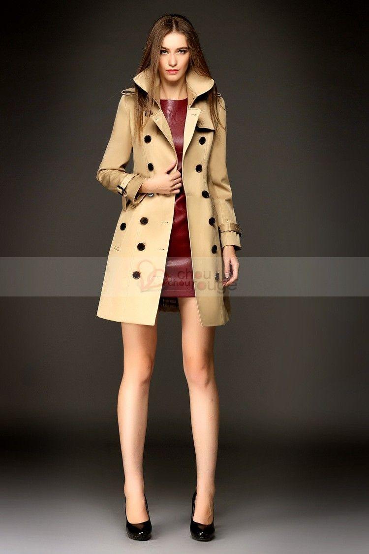 Chic et intemporel, on opte spontanément pour le manteau d'officier porté sur un slim et chaussée de bottines ouvertes ou pour un manteau peignoir assorti à un béret coloré. Si vous aimez les capuches, ne vous en privez pas, l'esprit sportwear est largement plébiscité!