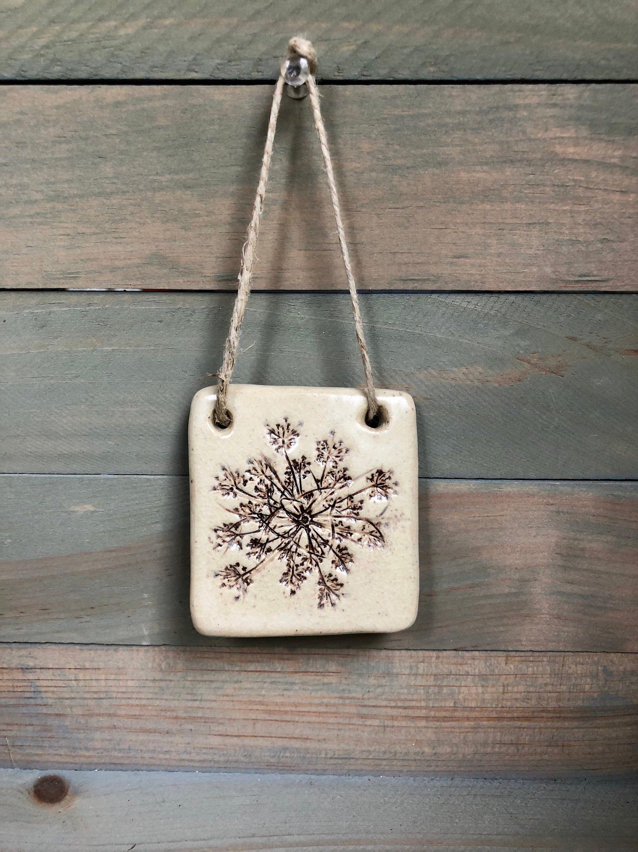 Pressed Flower Botanical Stoneware Ornament Wall Hanging #queenanneslace #botanicalceramics