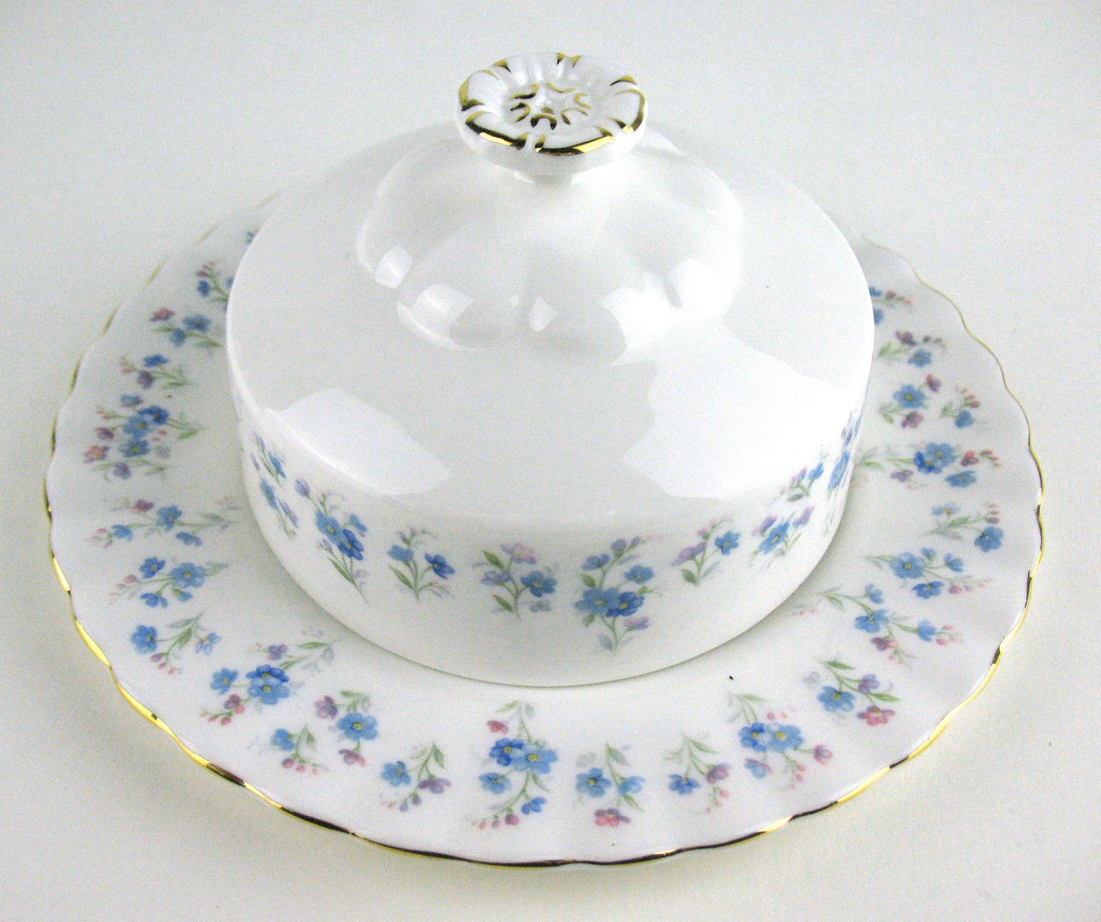 Royal albert bone china tea cup amp saucer winsome pattern ebay - Butter Dish Royal Albert Memory Lane England Ebay Butter Dishroyal Albertbone Chinasandwichestea Cupsdepressiondishesporcelainengland
