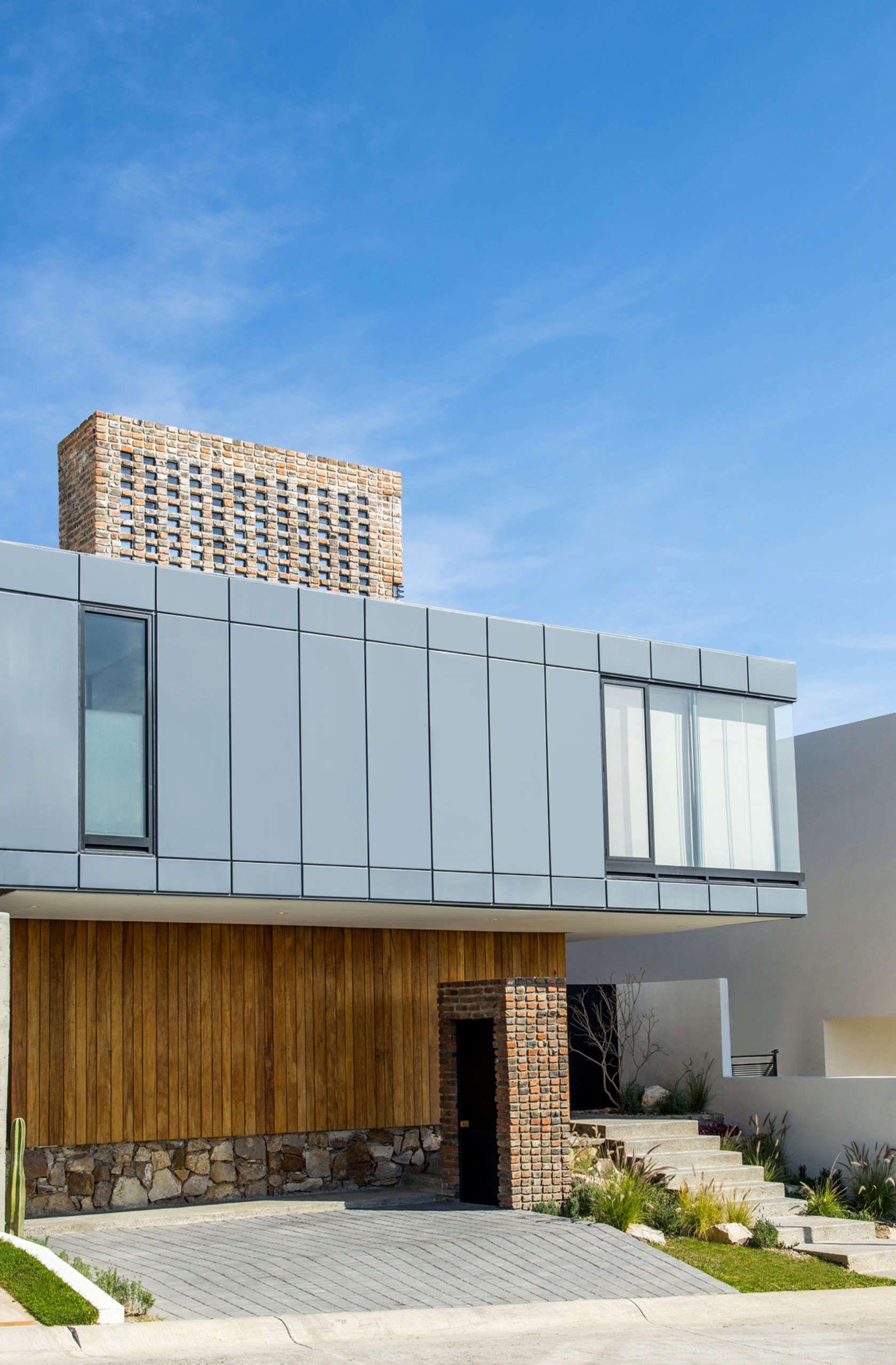Casa MA, e|arquitectos - Fachada Principal Sur
