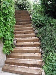 Escalier traverses bois | extérieur | Pinterest | Traverse bois ...