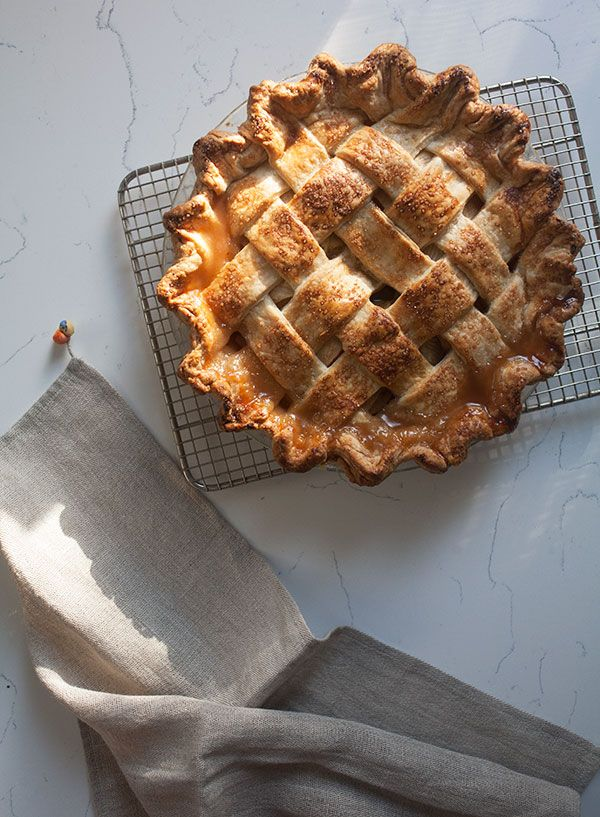 Homemade Apple Pie Recipe - A Cozy Kitchen