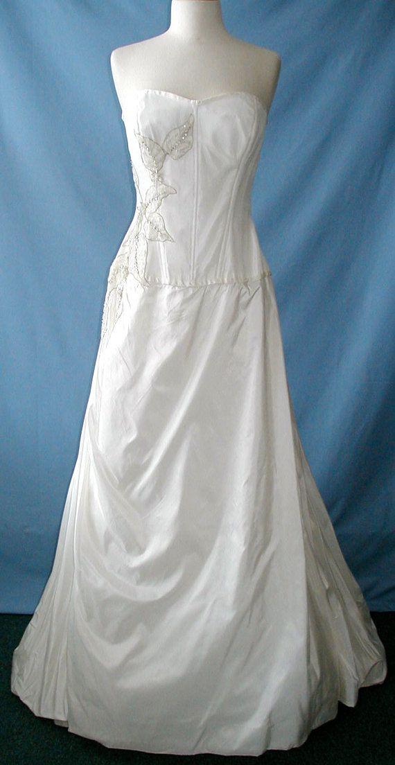 Simply Exquisite Givenchy Wedding dress   Pinterest   Wedding dress ...