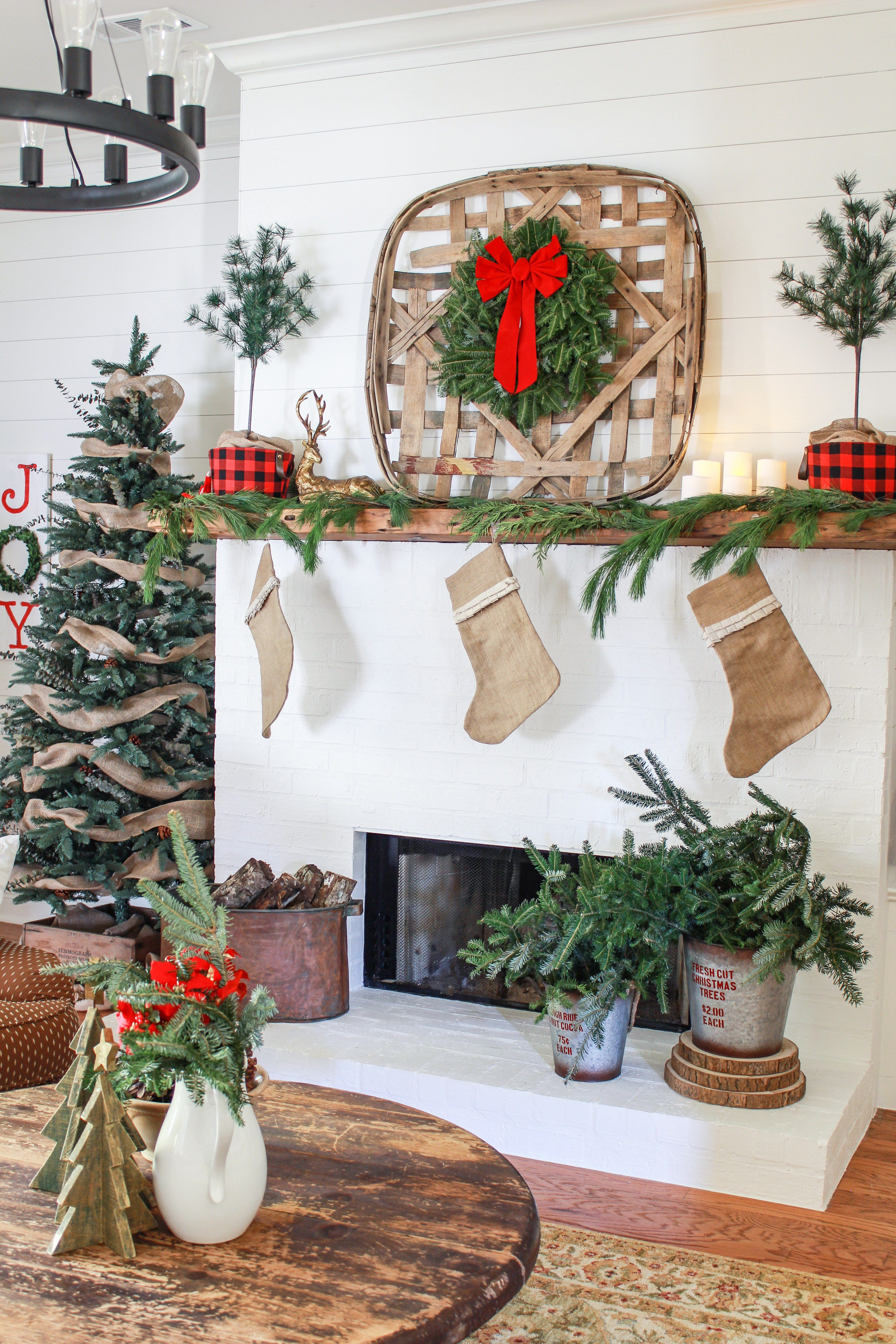 Christmas Home Tour 2017 | Holidays, Christmas decor and Repurposing