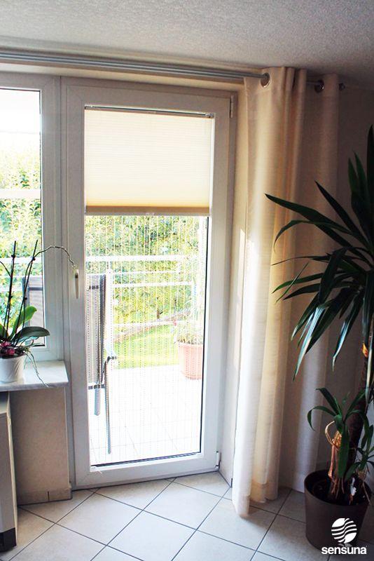 Plissee als Sichtschutz auch an Balkontüren - ein Kundenfoto