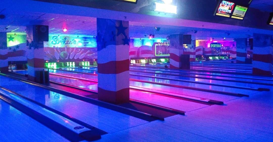 Disco Bowling Bei Strikee S Sportsbar Bowling Strikees