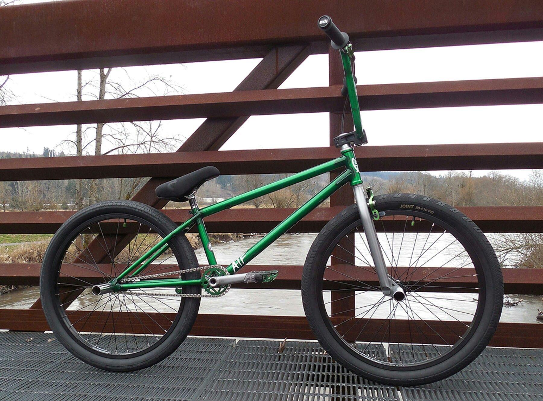 S M Atf 24 Bmx Bikes Bmx Freestyle Bmx Cruiser