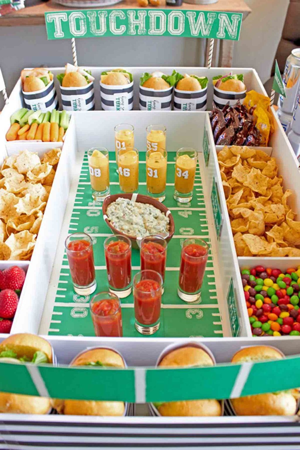 12 DIY Super Bowl Party Decorations That Every Football Fan Will Love