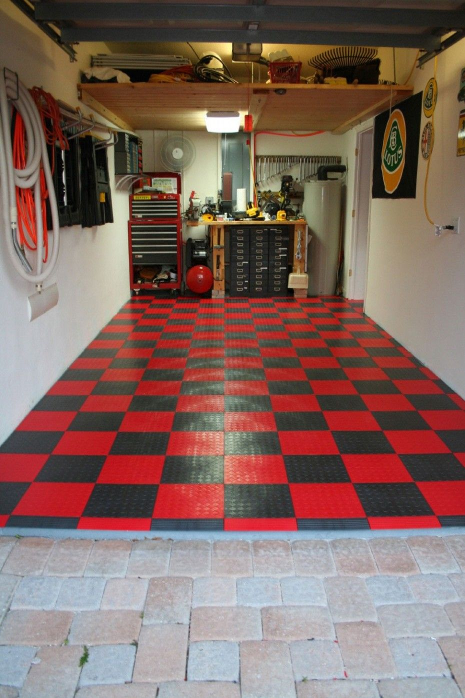 Cool garage ideas custom garage design for Garage designs interior ideas