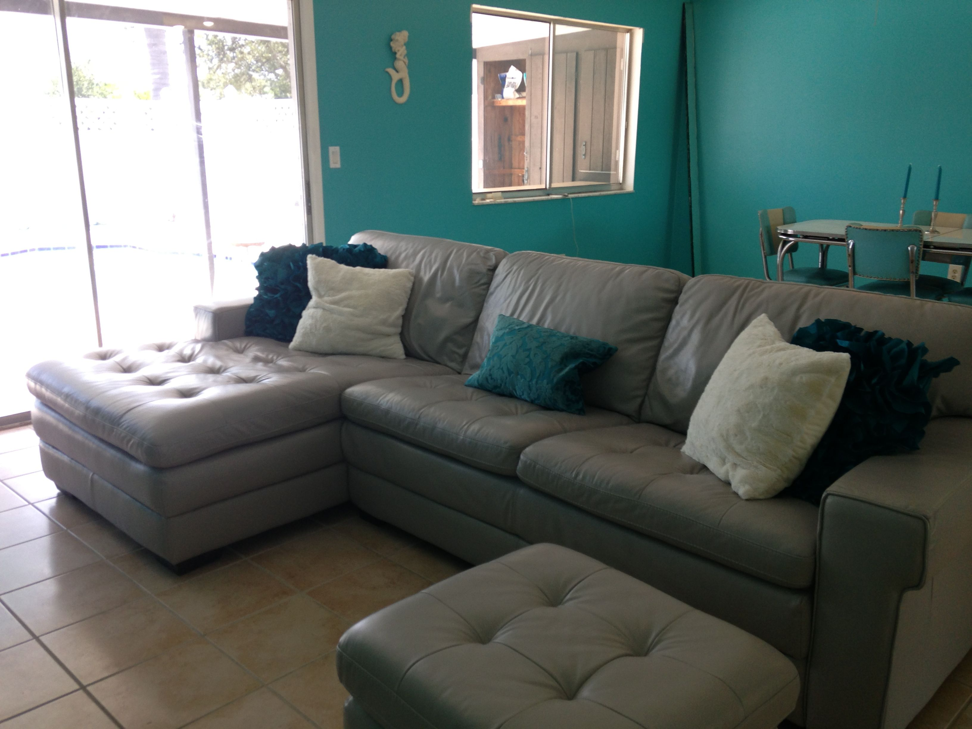Pin On Ideias Para A Casa #tan #and #turquoise #living #room