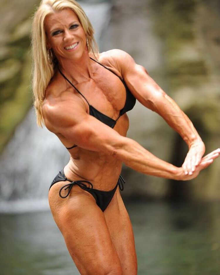 mature muscle women Female