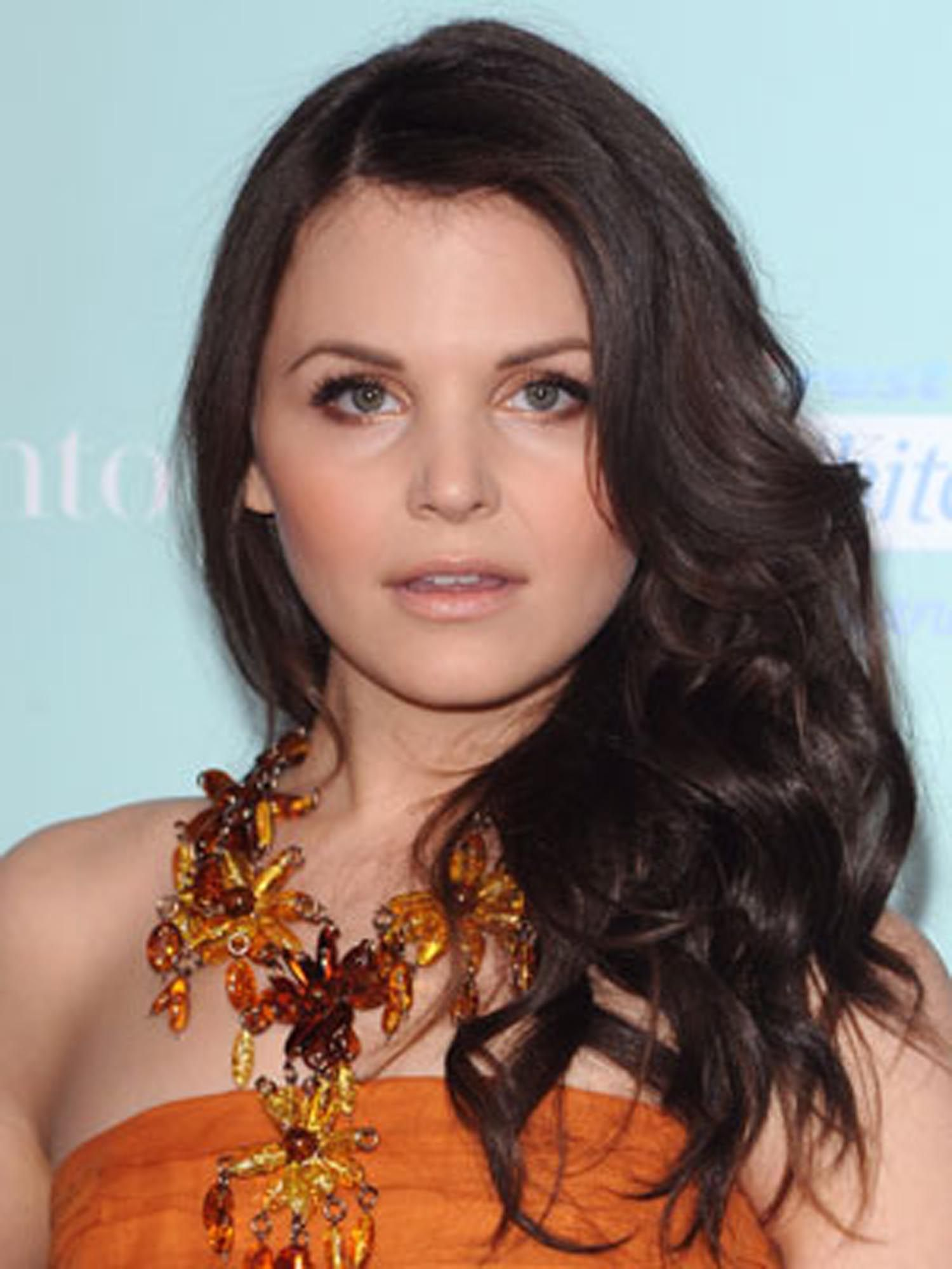 ginnifer goodwin hair styles ginnifer goodwin waves hair as style is in 8658