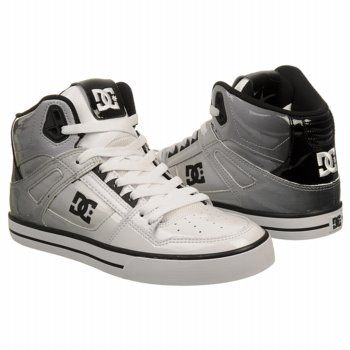 DC Shoes Men's Spartan SE. Nice Sneakers with a lot of ...