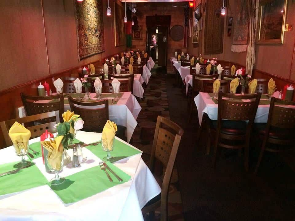 The Most Delicious Halal Restaurants In New York To Check Out Muslimtravelgirl Restaurant New York Halal Restaurant