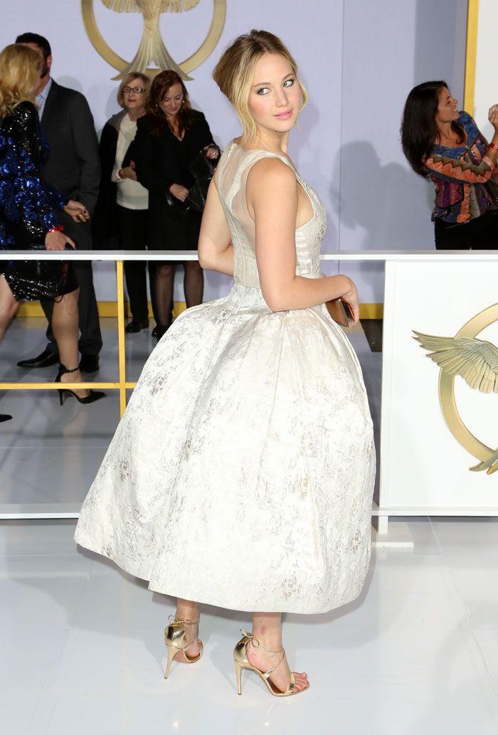 Jennifer Lawrence in Dior at Mockingjay premiere | Flower ...