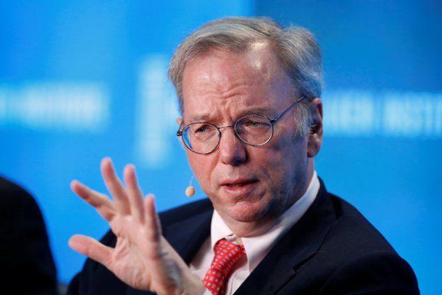 Alphabet Chairman Testifies in Oracle Suit Against Google