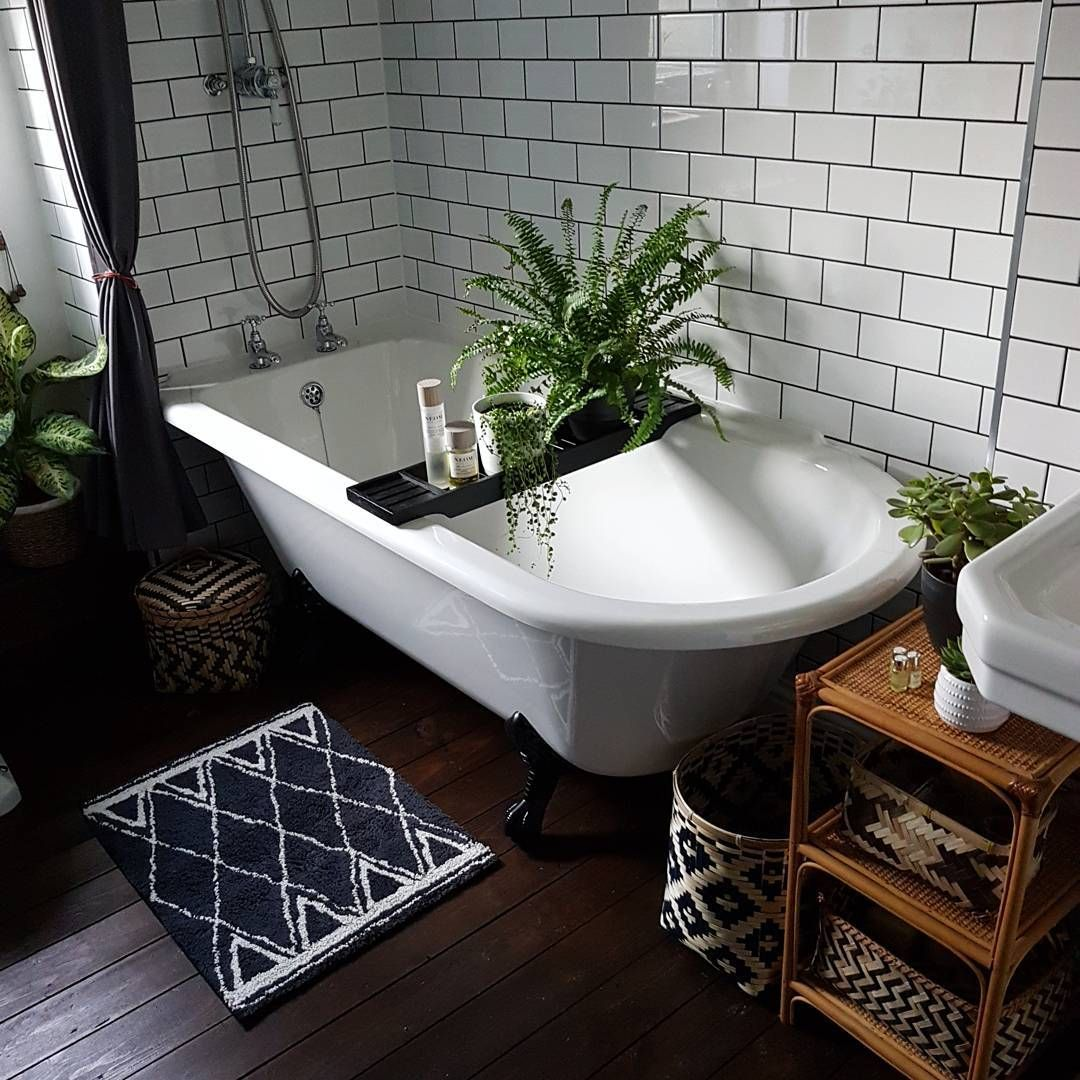 Coloured bathroom suites - I Read Yesterday That Vintage Coloured Bathroom Suites Are A
