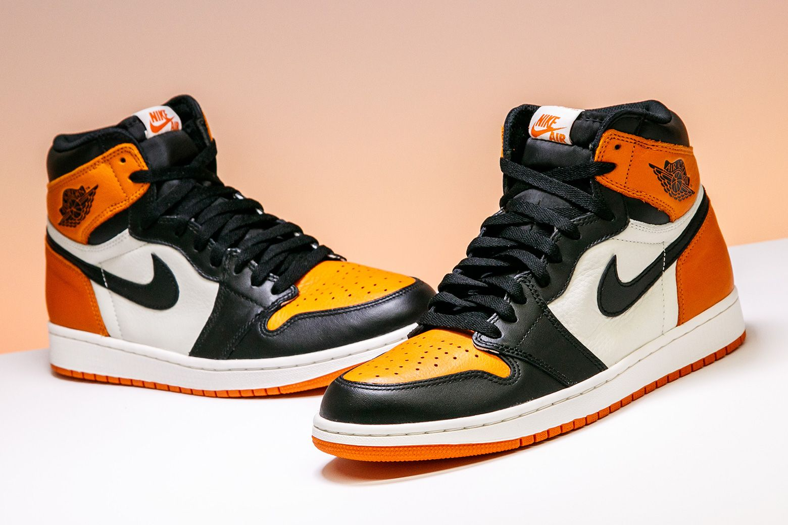 "239ce84c3b7 or 👎  Air Jordan 1 ""Shattered Backboard"""