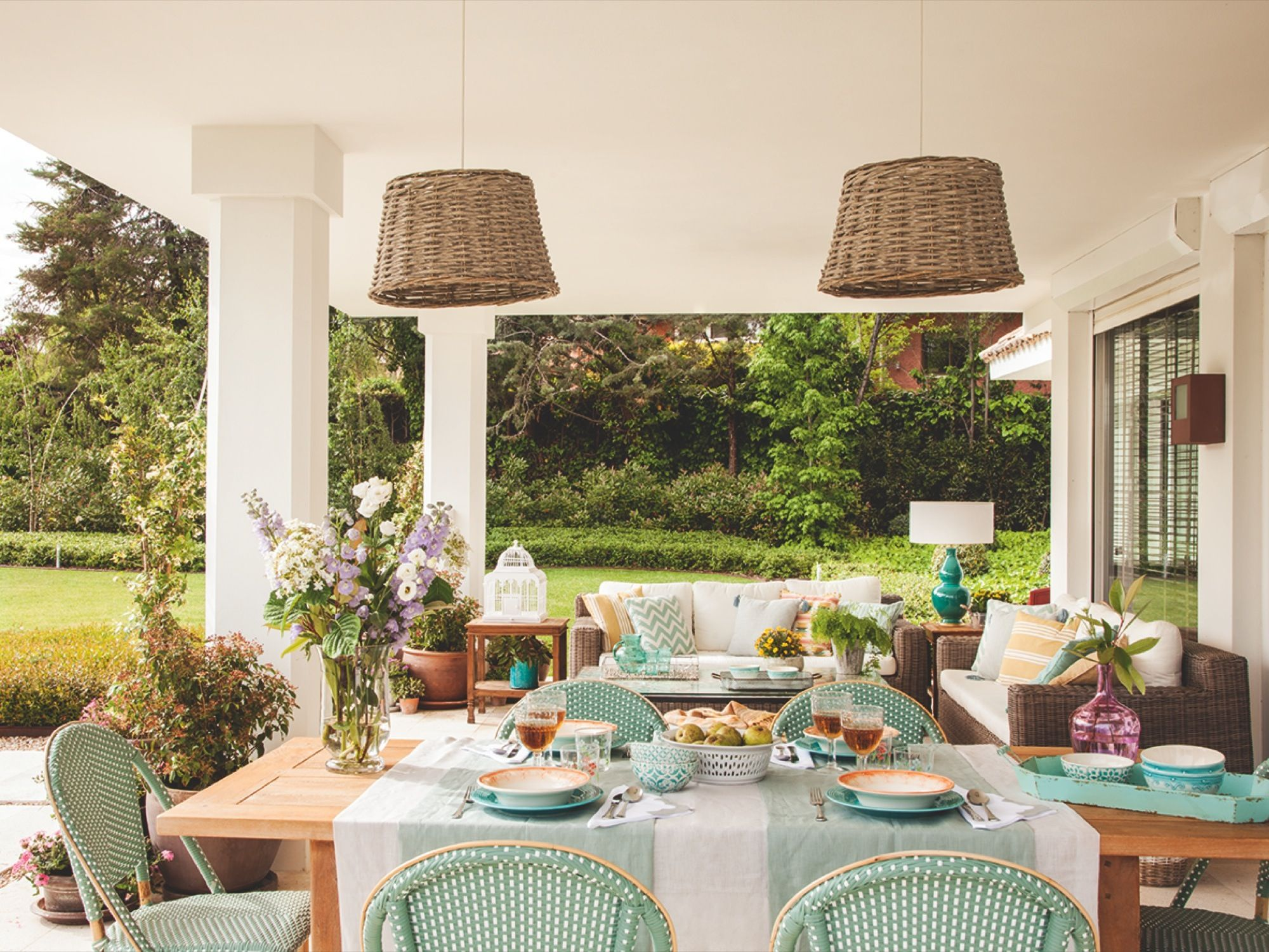 hacia el jard n mesa y sillas de teklassic l mparas de ForMaison Du Monde Lamparas De Mesa