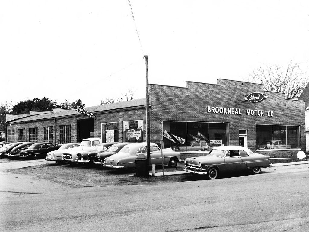 1956 Brookneal Motor Company Ford Dealership, Brookneal