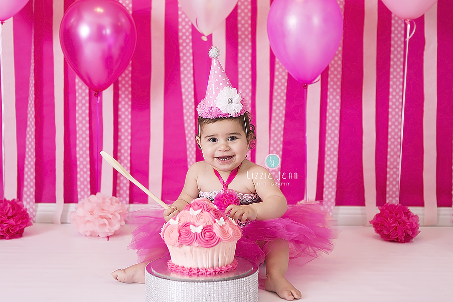 Pink cake smash professional photographer melbourne photographer werribee newborn photography cheap photographer