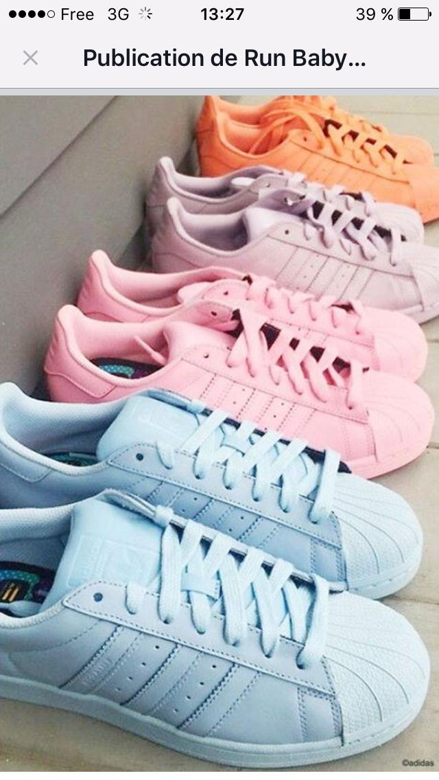 Pin de Kimberly Dos Santos em Tenis | Moda sneakers, Roupas