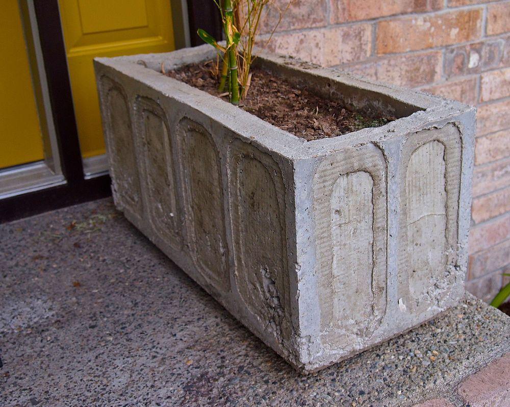 Big Concrete Planters Diy Concrete Planter Gardens Concrete Planters And Diy Planter Box