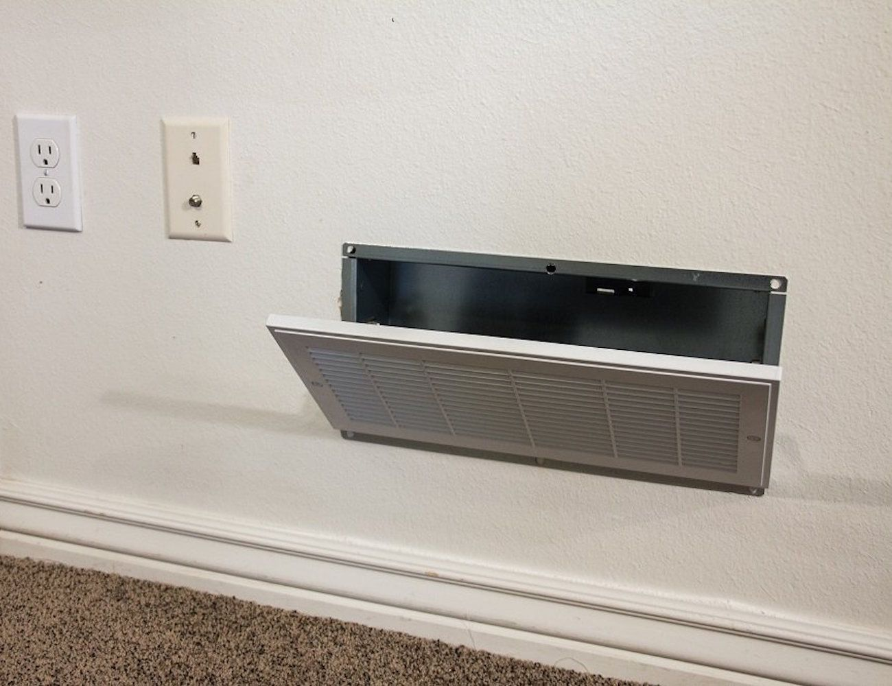 Air vent hidden safe with rfid lock best hidden for Cool hidden compartments