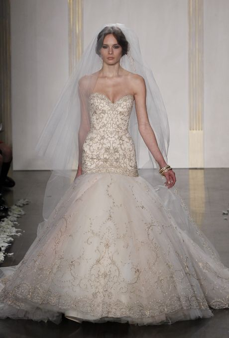 17 Best images about Lazaro on Pinterest | Wisteria, Wedding and Gowns