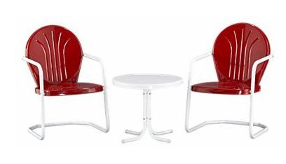 """Classic style of what's called """"motel chairs"""" because, you got it, they sat in front of motels and motor court inns."""