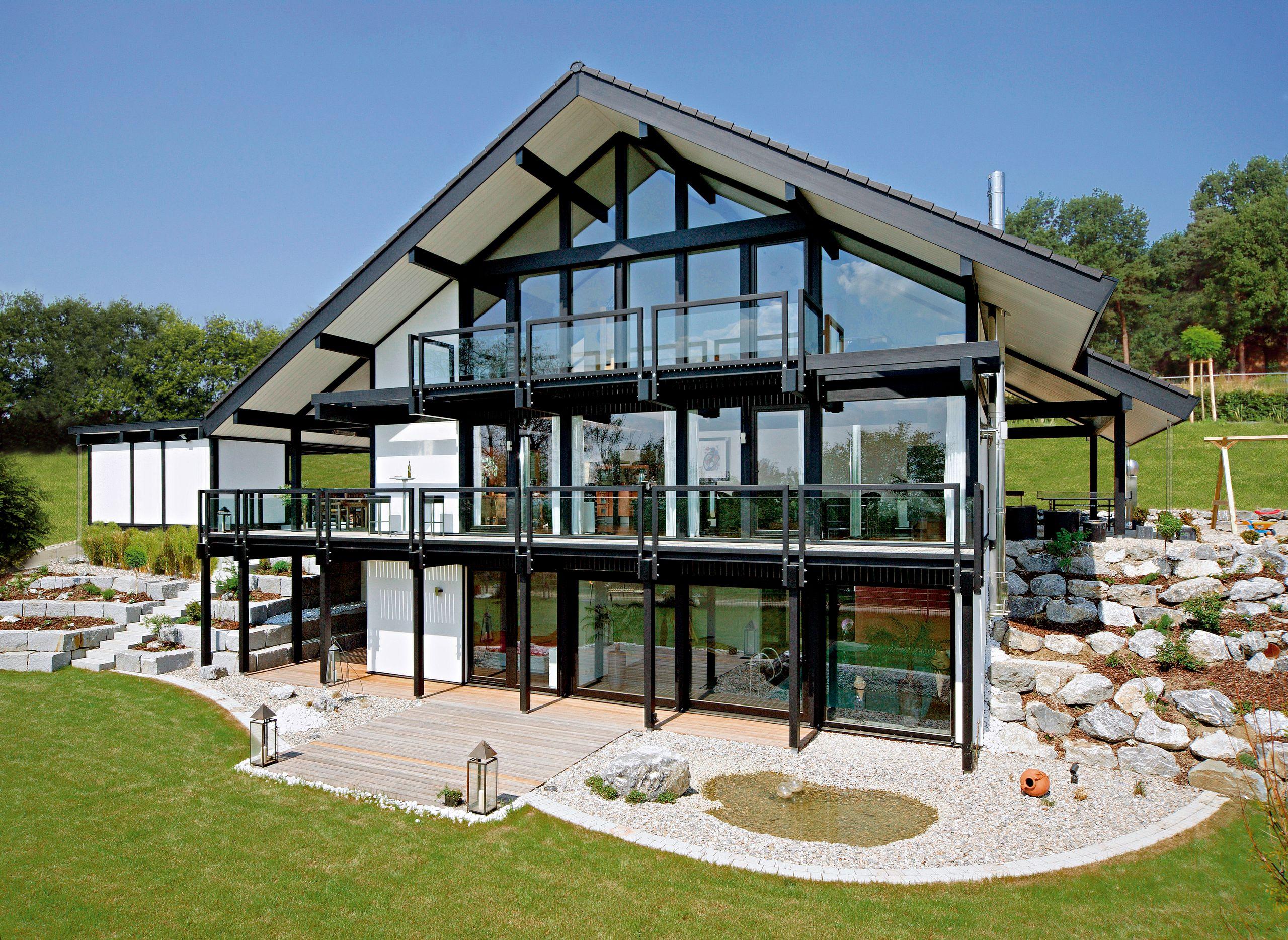 Kundenhaus - Ulm   Außenansicht mit Garten   Finden sie mehr ...
