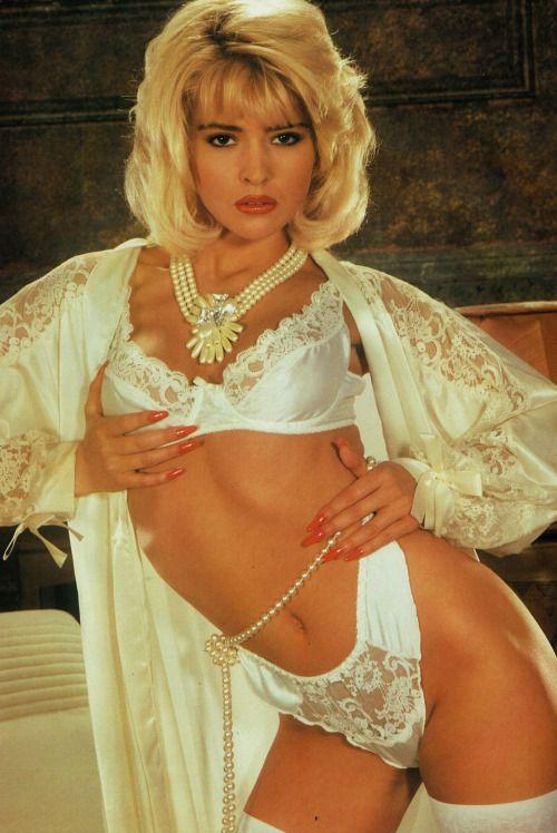 Joanne Guest Nude Photos 29